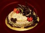 Bánh Praline Cake